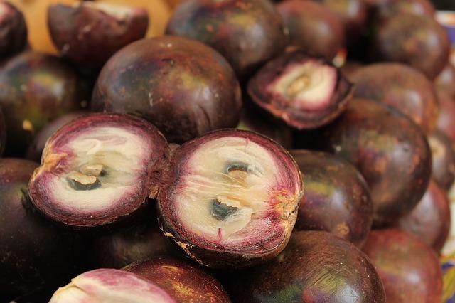 fruta tropical exótica mangostino